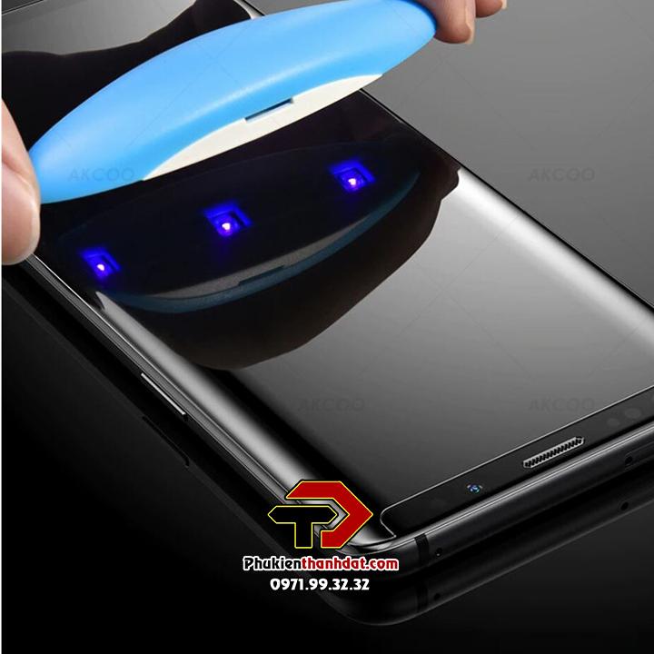 Tấm kính cường lực trong suốt full keo UV SamSung Galaxy S8 Plus