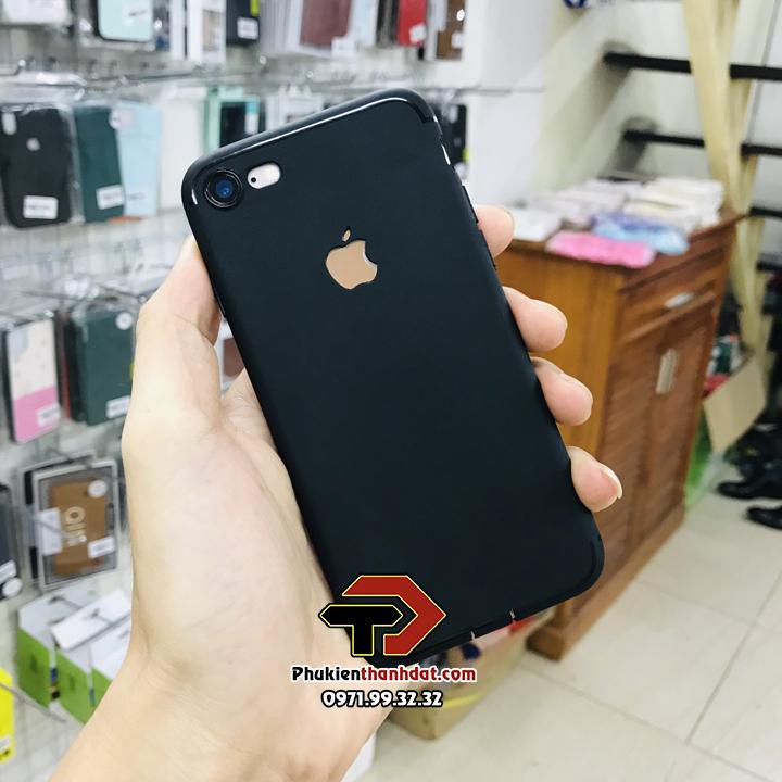 Ốp lưng iPhone 7 dẻo màu đen chống vân tay